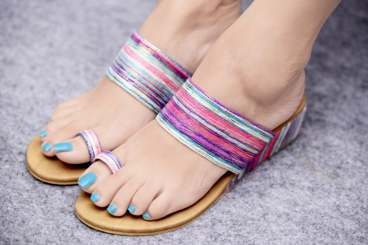 Color hue wedge