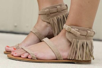 That's A Wrap Fringe Flats