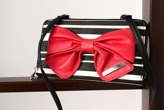 The Little Pink Bow Wallet