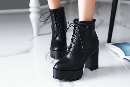 Platform Lace Up Boots In Black - Street Style Store