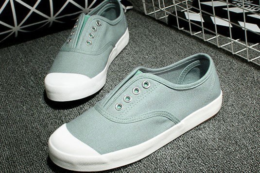 Canvas Laceless Blue Sneakers