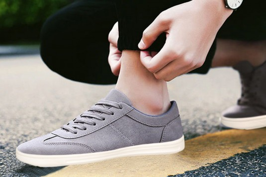 Low Top Sneakers Grey