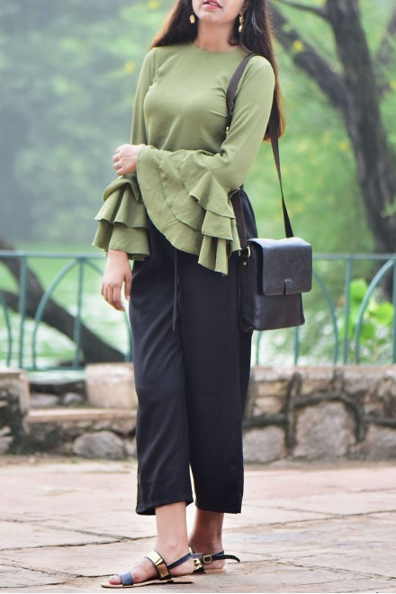 Set- Flared top with bow tie plazzo