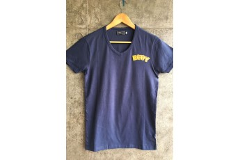 Blue V neck cotton T-shirt with Betty patch