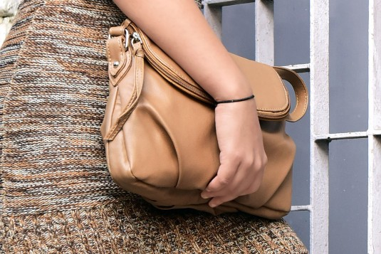 Shadow classical bag with sling