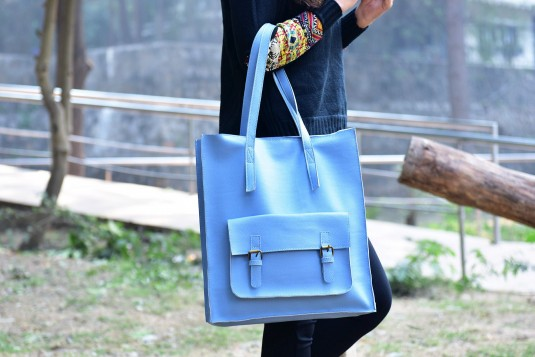 Stay upto date bag Blue