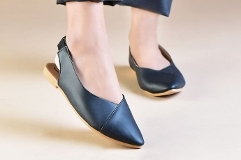 Sultry spark flats