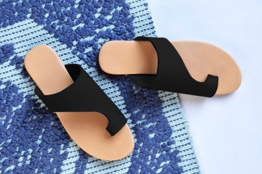 Yes you glam flats Black