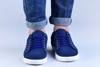 Sorting out your blues sneakers