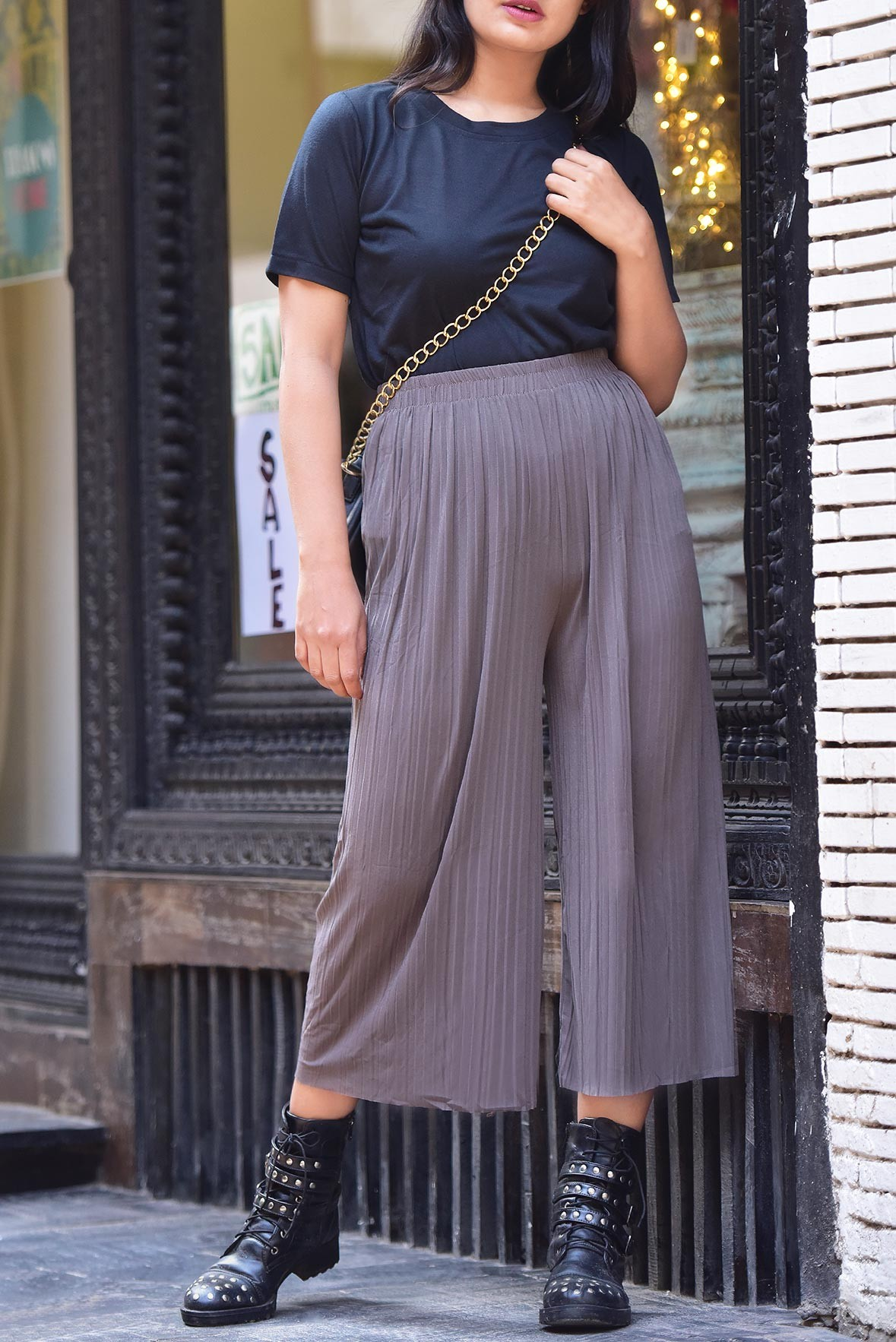 Set: Black top with Grey trouser