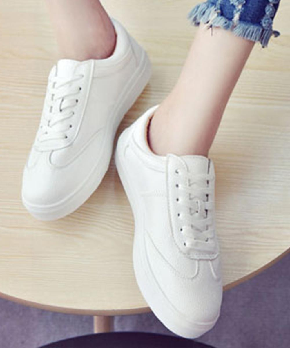 Fly as you white sneakers