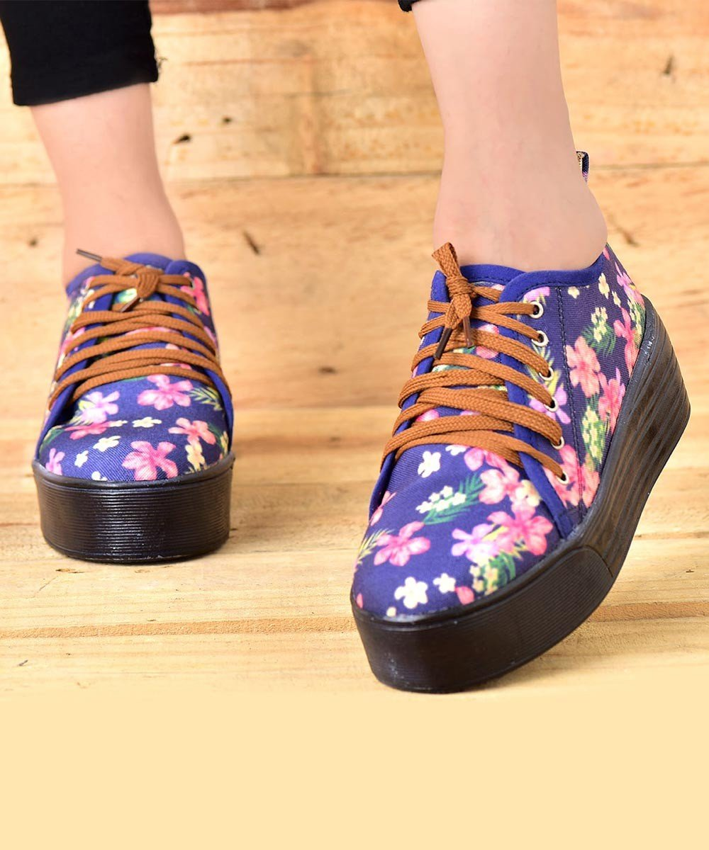 Around The Flower Sneakers