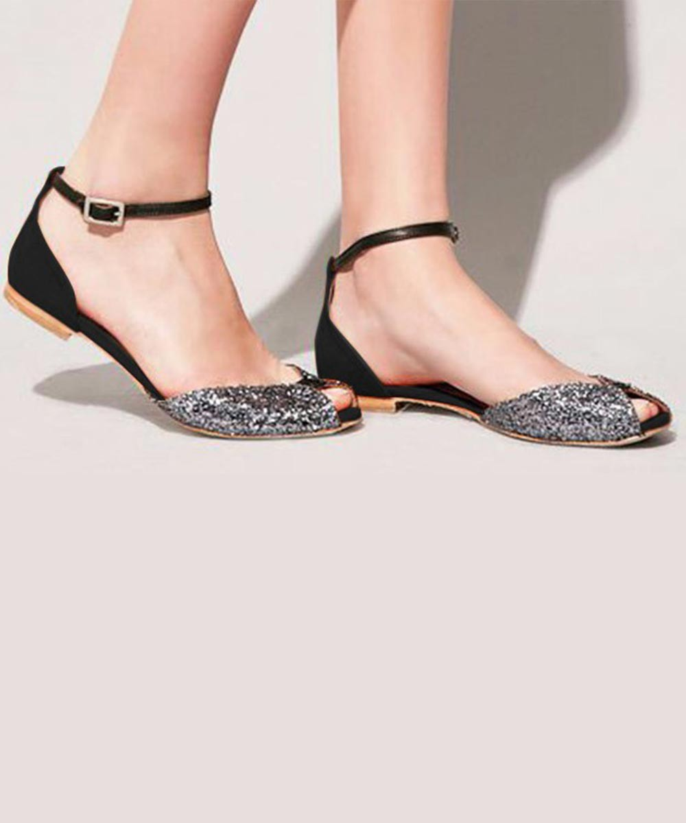 just in love flats Black