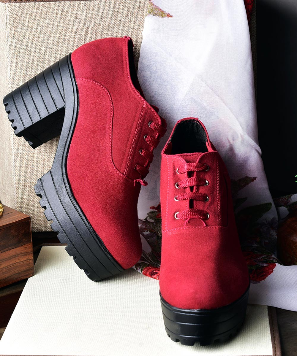Attention love Boot in Marsala