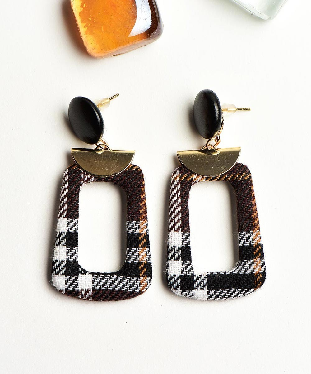 Plaided hanging earrings