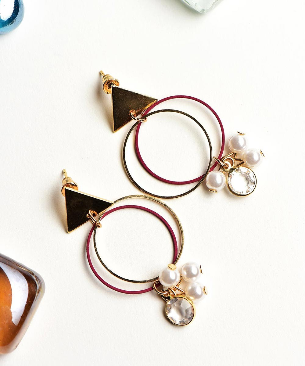 Dainty circle red earring