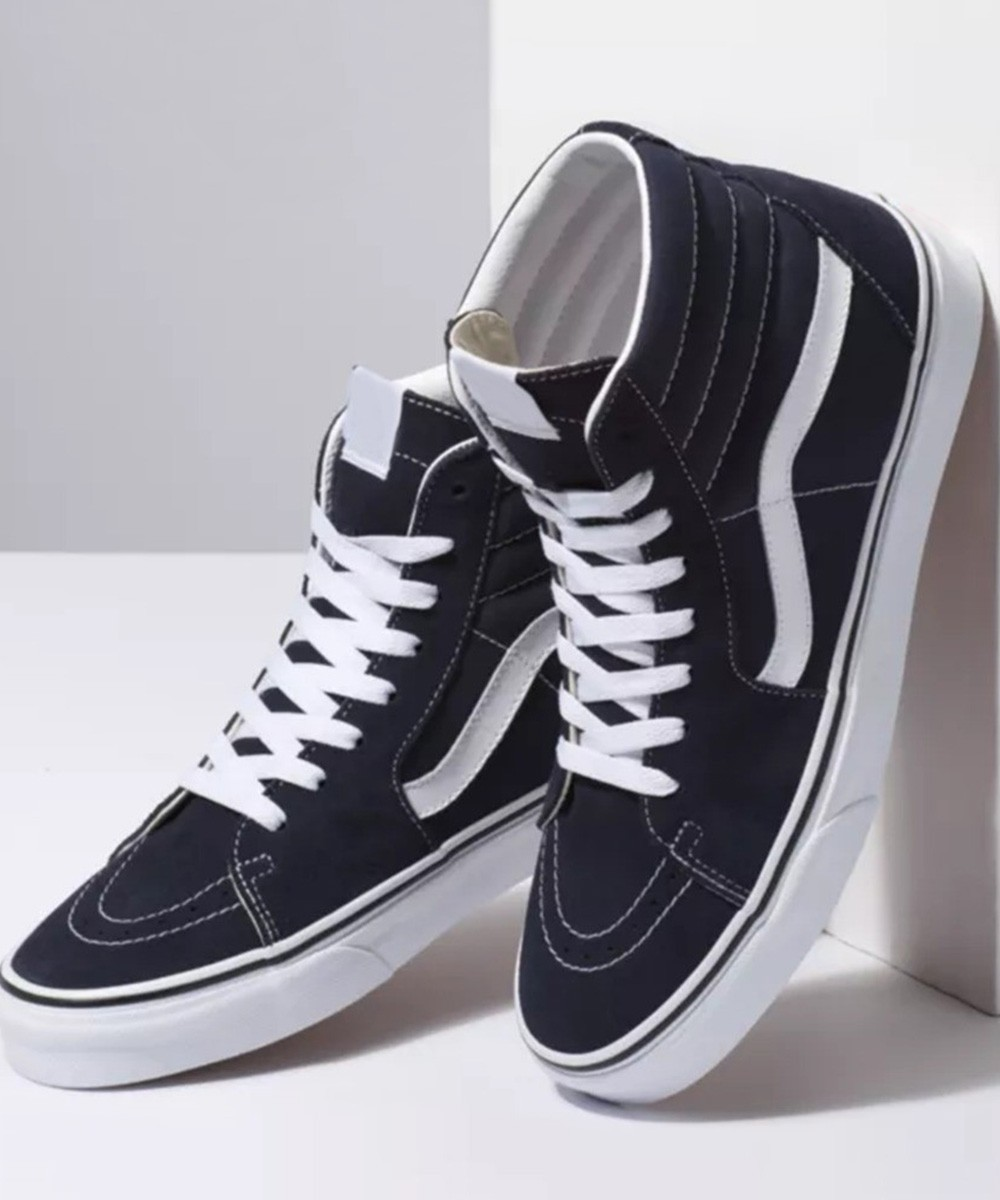 Black high ankle sneakers