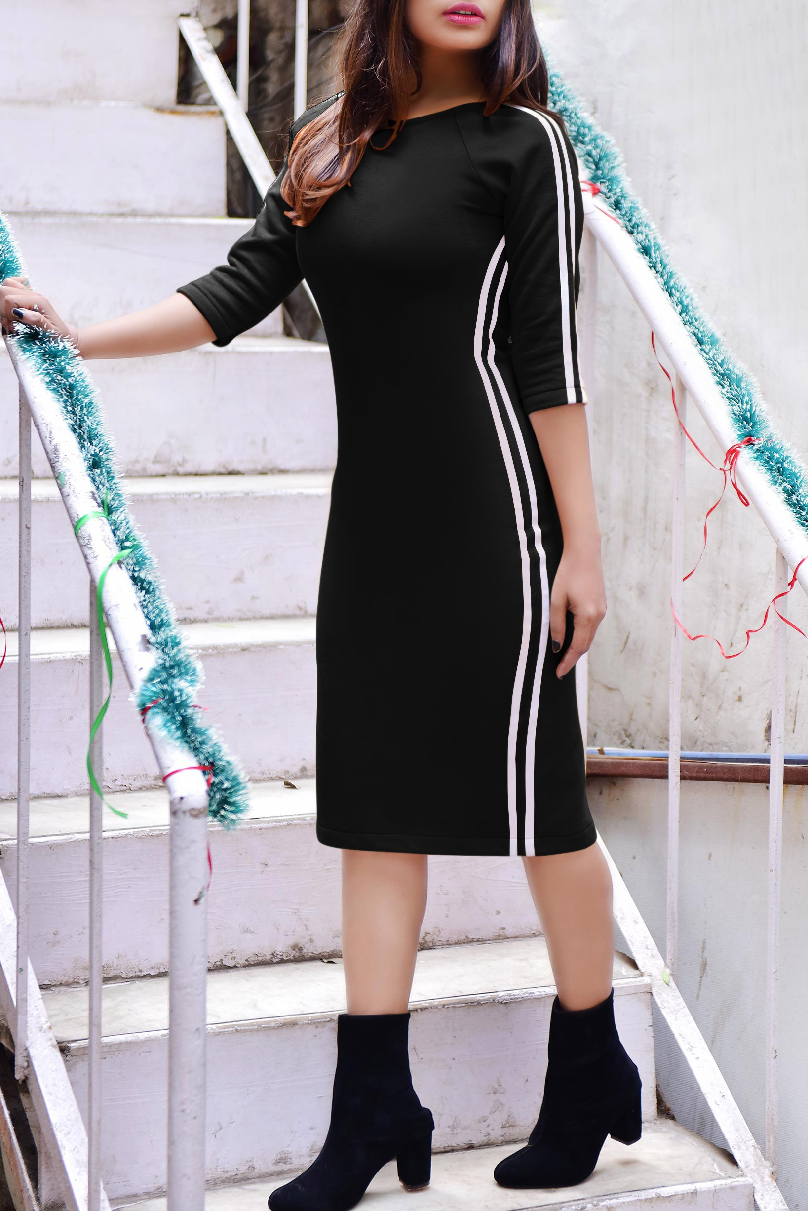 Fleece Black white stripe dress