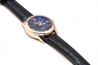 Womens- Slim strap watch