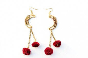 Bloody red half moon earring