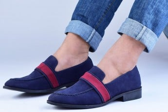 Constrast Classical shoes